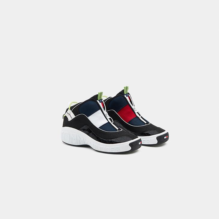 16ba420bc49 Estas deportivas van a volar: las originales zapatillas Tommy Jeans Fly