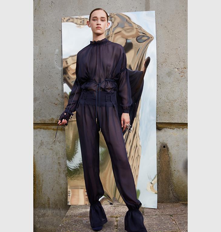 Alfredo Villalba: moda, artesanía y vanguardia