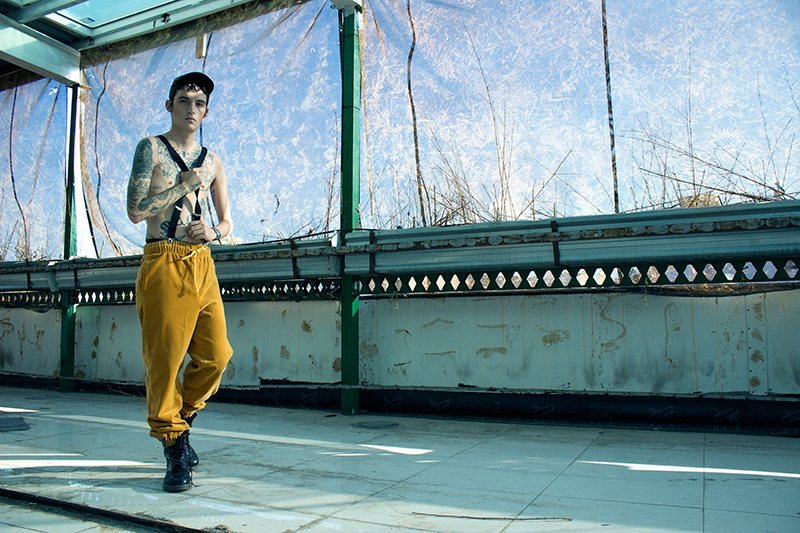 Cikuta Clothing: Pantalones Unisex