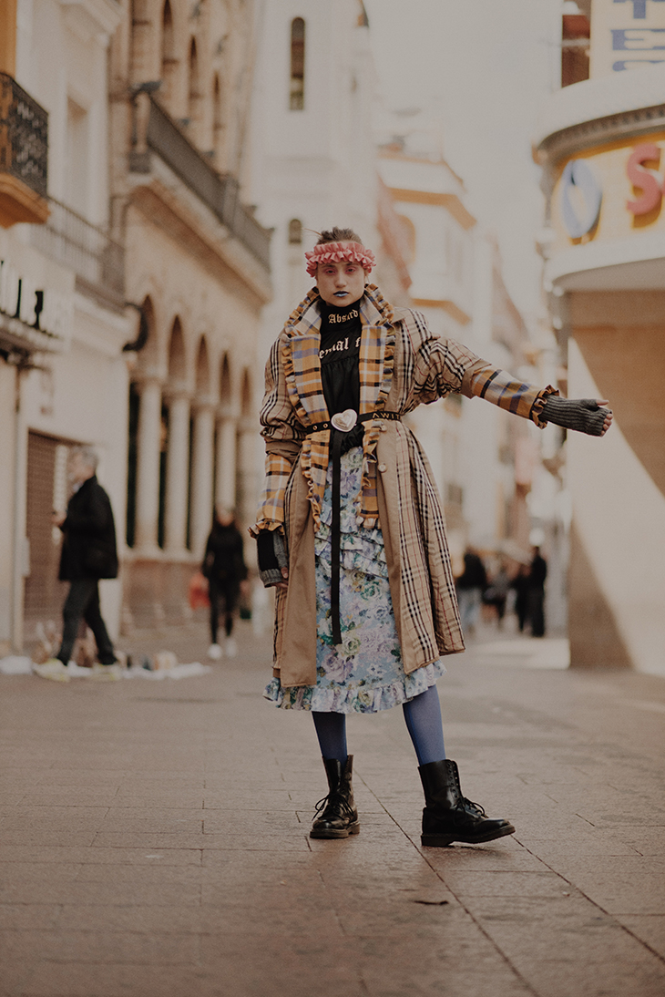 Sevilla x Laura García & Anel Yaos