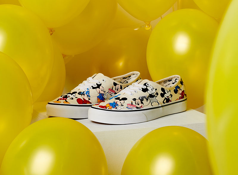 Mickey Mouse x Vans