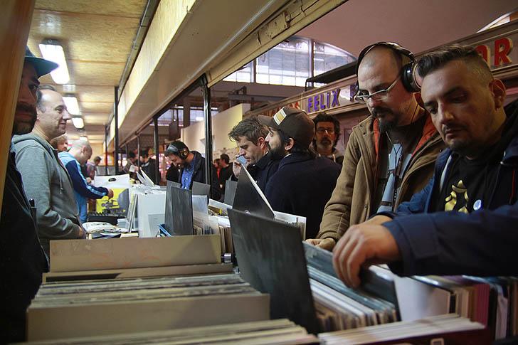 El exitazo de Music And Dealers