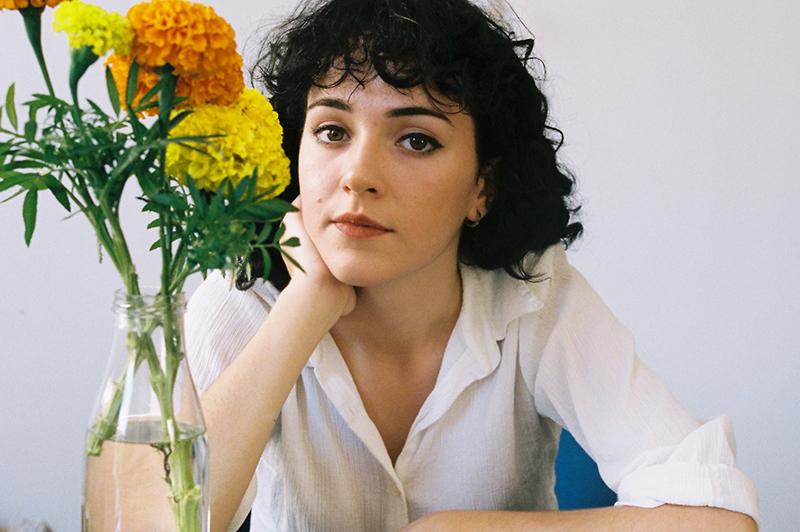 Entrevista con la cantautora Núria Graham