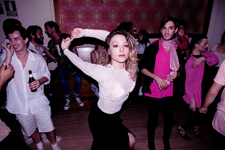 Pluma Party en Madrid, La Rave Rosa