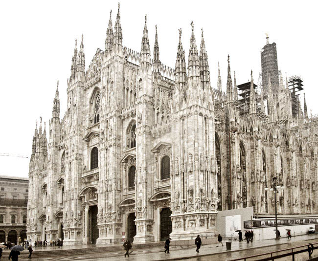 A SMART DAY IN MILAN