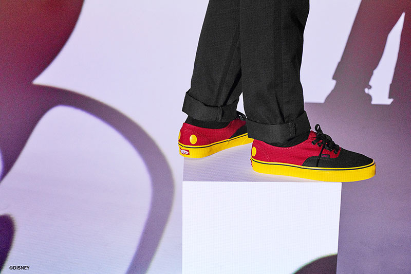 Micky Mouse Cumple 90 Años con Vans