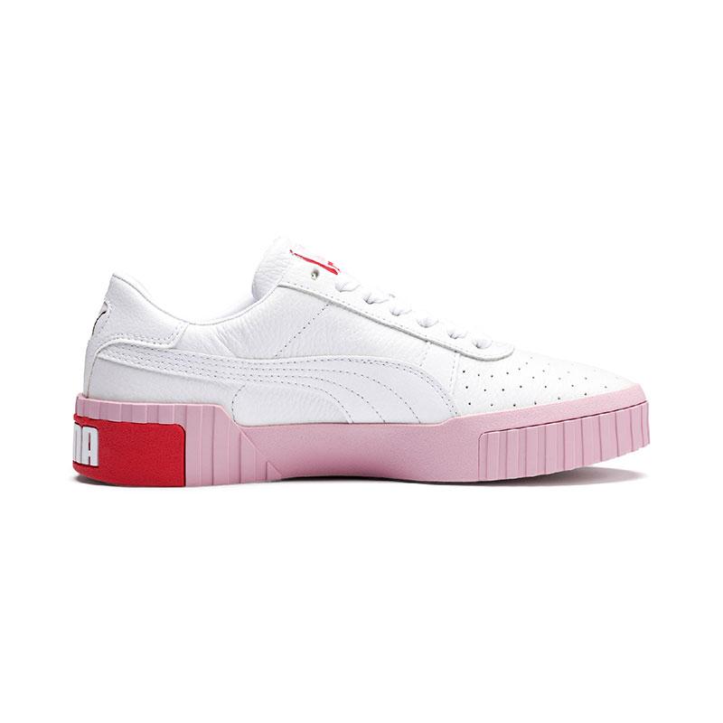 382aa420b zapatillas Cali de Puma con suela rosa. Alucinantes.
